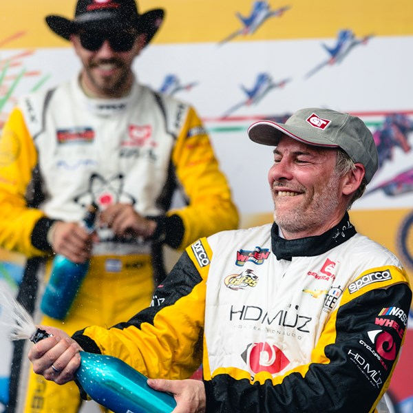 F1 legend Villeneuve on the Euro NASCAR podium in Italy