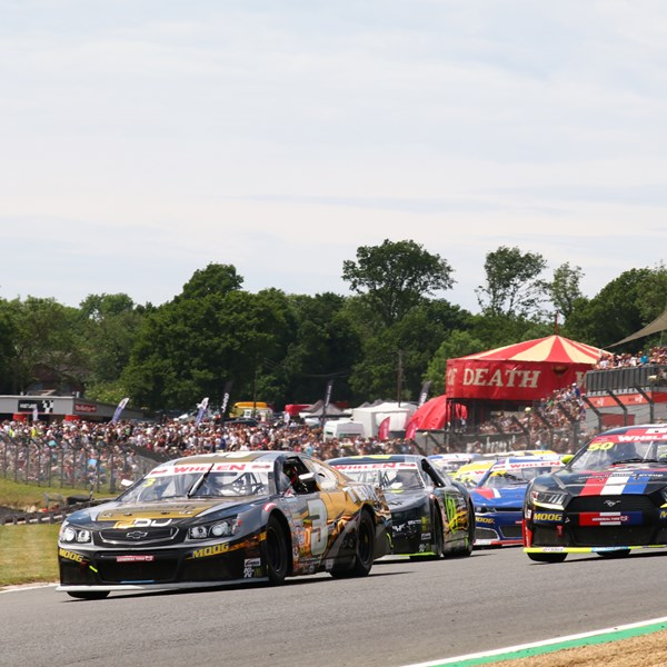 It's the fans that win at Brands Hatch on sizzling SpeedFest Sunday